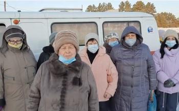 Жители села под Артёмовским пожаловались Путину на использование УАЗа-«буханки» вместо медпункта (ВИДЕО)