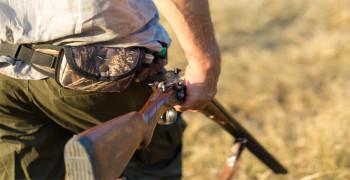 В Свердловской области на охоте случайно застрелили зрителя