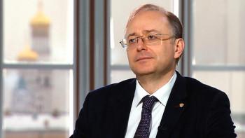 «Несколько олигархов решили скинуться и сделать президенту подарок»: биограф Путина подтвердил принадлежность дворца в Геленджике