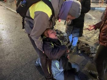 МВД проверит сообщения о силовике, пнувшем в живот жительницу Санкт-Петербурга