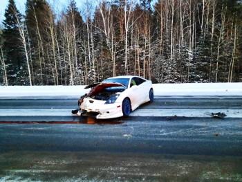 Под Нижним Тагилом ВАЗ протаранил Toyota Celica