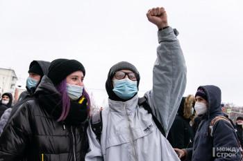 Полиция направила предупредительные письма директорам школ Нижнего Тагила, чьи ученики были задержаны на несанкционированных протестных акциях в поддержку Навального