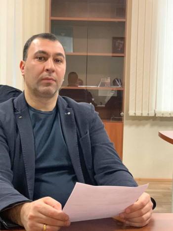 СМИ: Силовики задержали депутата Заксобрания Челябинской области по подозрению в даче взятки