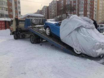 В Екатеринбурге жена должника угнала арестованный приставами кабриолет