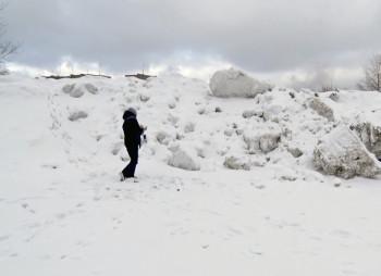 Глава Нижнего Тагила получил представление прокуратуры за снежную свалку на Тагилстрое