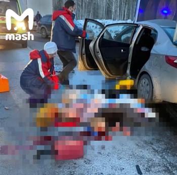 В ДТП на трассе в Свердловской области погибли три взрослых и два ребёнка (ВИДЕО)