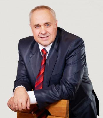 Авторитетный бизнесмен и владелец легендарной пиццерии на улице Первомайской в Нижнем Тагиле Лев Мордвов требует признать себя банкротом из-за пандемии