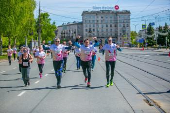 Более тысячи бегунов за два дня зарегистрировались на майский забег ЕВРАЗа «Дай пять!» в Нижнем Тагиле