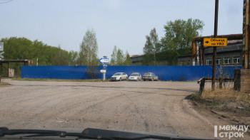 Знаков мало, можно свернуть не туда. Мы проверили пути объезда моста на улице Циолковского (ВИДЕО)