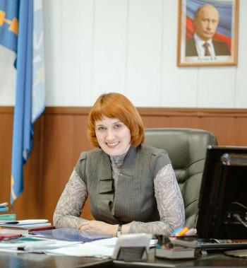 После успешных праймериз экс-мэр Нижней Салды Елена Матвеева стала советником вице-президента ЕВРАЗа