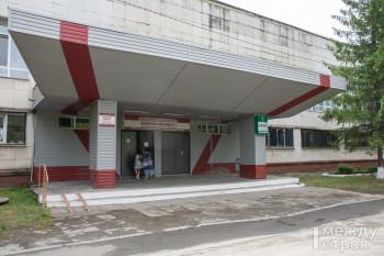 Из-за переполненных стационаров ковид-пациентов из Нижнего Тагила отправляют в соседние  города