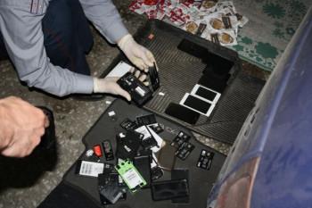 В Нижнем Тагиле вынесли приговор сотруднику ИК-5, который передавал заключённым сотовые телефоны
