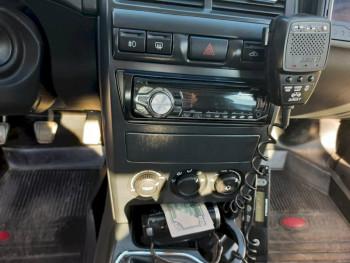 В Свердловской области водителя оштрафовали за попытку дать взятку автоинспектору долларами