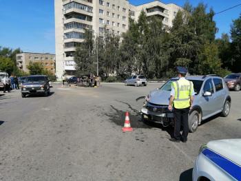 В Нижнем Тагиле два человека пострадали в ДТП с перевернувшимся УАЗом