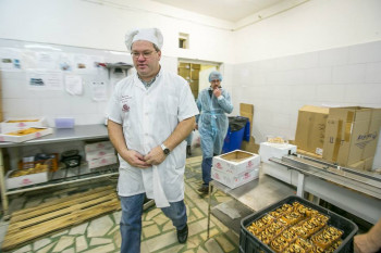Владелец известной уральской пекарни «На Вишнёвой» Анатолий Павлов приехал работать на тагильский хлебозавод