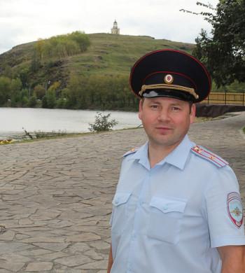 Полицейский из Нижнего Тагила участвует в конкурсе «Народный участковый»