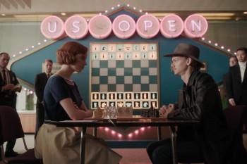 Сериалы «Корона», «Ход королевы», «Тед Лассо» получили «Эмми-2021». Рассказываем, что ещё смотреть осенними вечерами