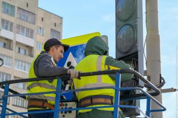 На дорогах Нижнего Тагила появились светофоры, напоминающие водителям про пешеходов