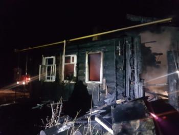 В селе под Нижним Тагилом в пожаре погиб молодой мужчина