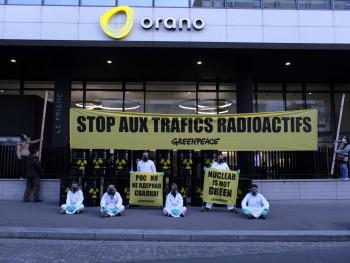 В Россию ввезут свыше тысячи тонн урановых отходов из Франции