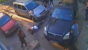 В Свердловской области во время празднования Дня молодёжи внедорожник протаранил толпу людей (ВИДЕО)