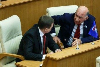 Лидеры профсоюзов НТМК и УВЗ бойкотировали позицию «Единой России» по повышению пенсионного возраста