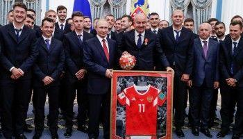 Российские спортсмены возмущены присвоением футболистам сборной званий «Заслуженный мастер спорта» за выход в четвертьфинал ЧМ-2018