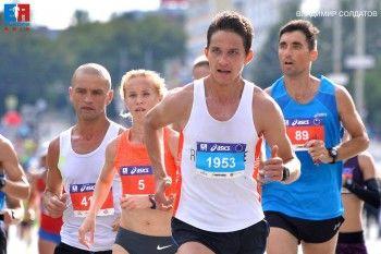 «Только бы не умереть на финише». Участники марафона «Европа-Азия» из Нижнего Тагила рассказали, зачем они платят деньги, чтобы пробежать 42 километра