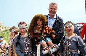 Nosovlive. Перед выборами губернатора Сергей Носов завёл аккаунты в Facebook, Instagram и «ВКонтакте»