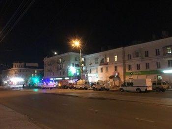 В Нижнем Тагиле спецслужбы перекрыли проспект Мира из-за подозрительной сумки возле офиса Сбербанка