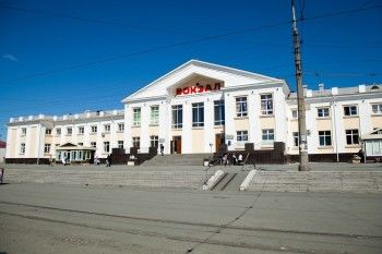 Прокуратура оштрафовала РЖД за отсутствие пандуса на железнодорожном вокзале Нижнего Тагила