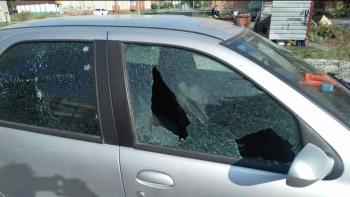 ВСерове мужчина из мести обстрелял автомобиль соседей