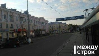 Демонтированные две недели назад незаконные рекламные перетяжки вновь появились на центральных улицах Нижнего Тагила