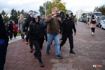 Ведущие свердловские СМИ написали открытое письмо начальнику областной полиции из-за задержания журналистов на митинге
