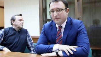 Пресс-секретаря Роскомнадзора Вадима Ампелонского отпустили из-под домашнего ареста