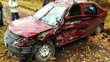 В аварии под Екатеринбургом пострадали четыре человека