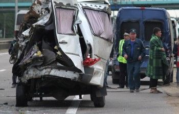 Под Тверью в ДТП с участием маршрутки погибли 13 человек