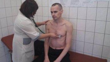 ФСИН: Олег Сенцов прекратил голодовку