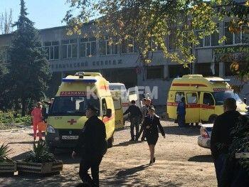 Mash: В керченском колледже пытались захватить заложников