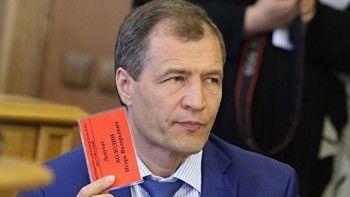 Спикер гордумы Екатеринбурга просит поднять выплаты депутатам. «Не хватает на цветы и конфеты»