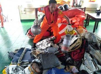 На месте катастрофы Boeing в Индонезии нашли тела 10 погибших