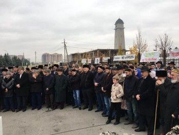 В Ингушетии возобновился митинг против передачи земель Чечне