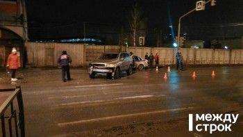 В Нижем Тагиле на пешеходном переходе столкнулись два автомобиля