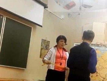 В Северодвинске учитель физкультуры избила детей скакалкой (ВИДЕО)