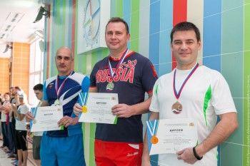 Мэр Нижнего Тагила Владислав Пинаев стал лучшим пловцом-чиновником в Свердловской области