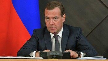 Медведев назвал повышение пенсионного возраста самым трудным решением за 10 лет