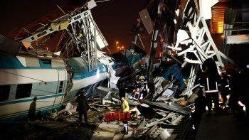 В Анкаре скоростной поезд сошёл с рельсов, есть погибшие