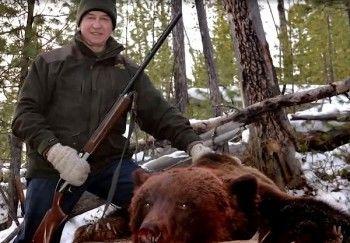 Иркутская прокуратура возбудила дело по факту незаконной охоты на медведя с участием губернатора
