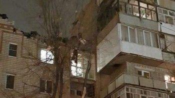 Спасатели достали ребёнка и мать из-под завалов дома в Ростовской области