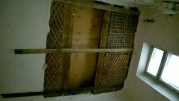 Прокуратура Нижнего Тагила начала проверку после обрушения потолка в жилом доме